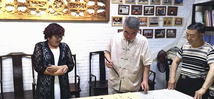 中国文化名人诗词书画研究院顾问任智才、院长原野等拜访国务院行政司原常务副司长、巡视员王胜利先生