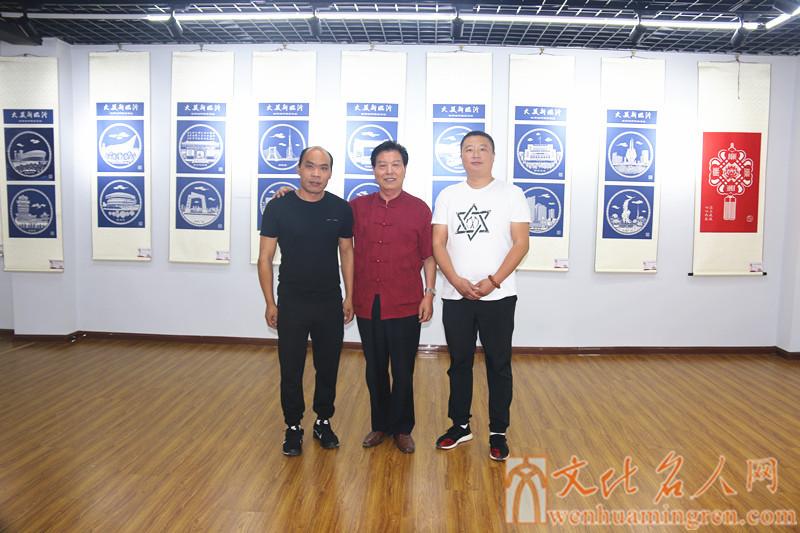 左起:卢欣、黄忠、孟庆鑫