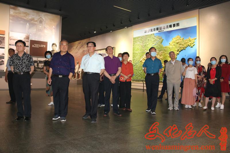 参观沂蒙革命纪念馆